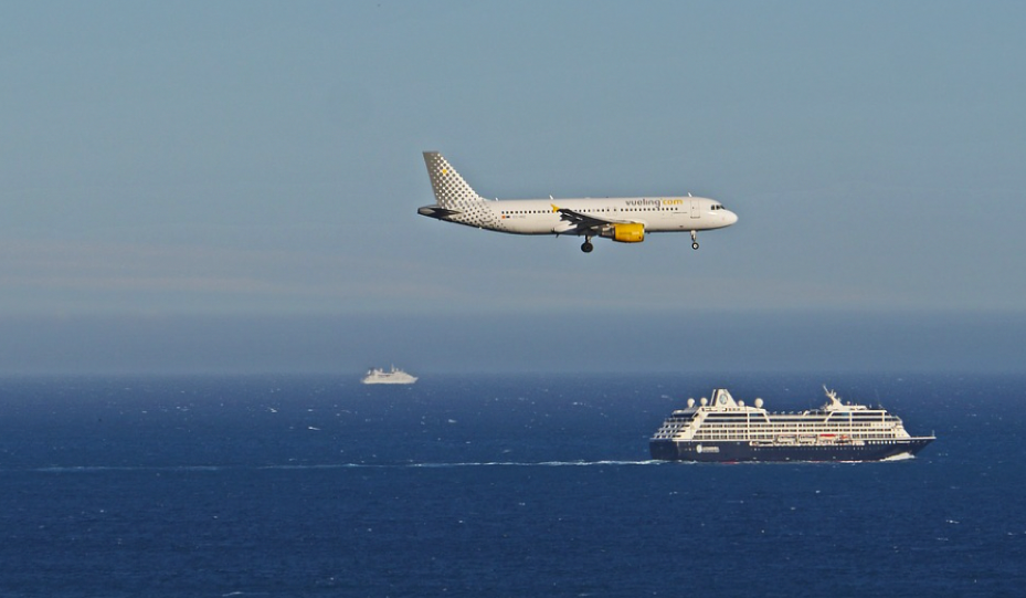 boat and plane